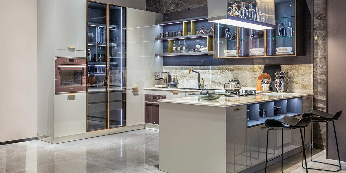 Grey Modern Lacquer Kitchen with Glass Cabinet PLCC20016