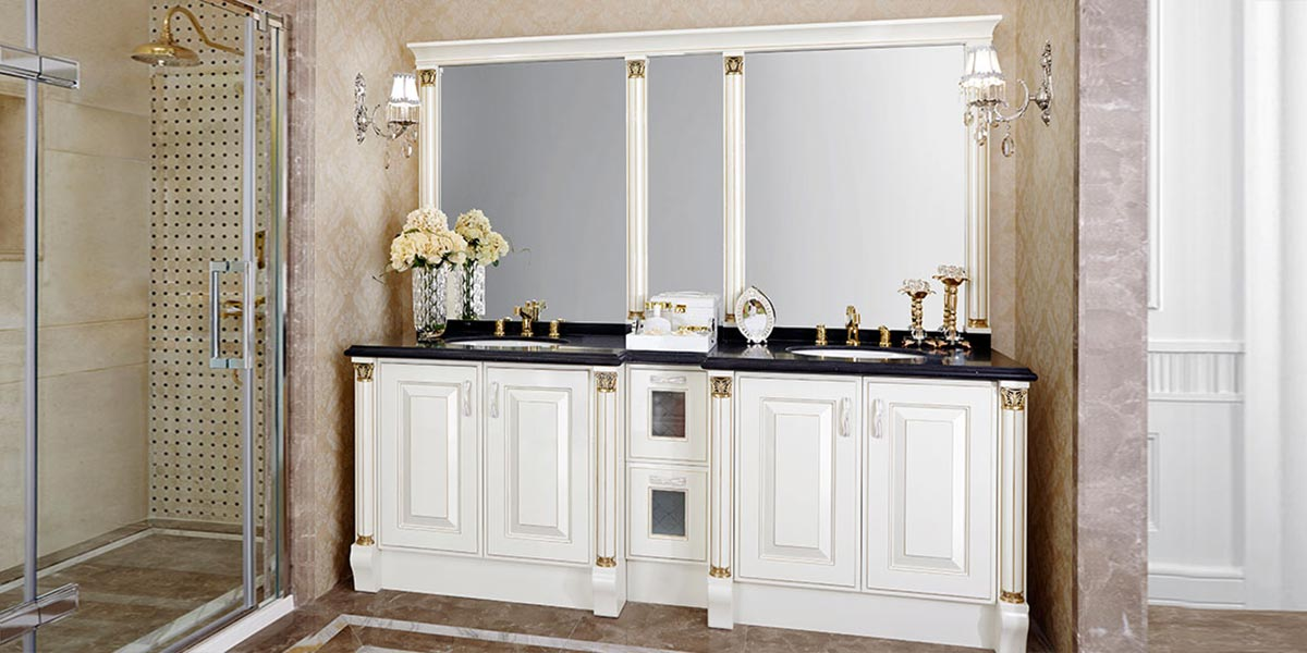 Traditional White High Gloss Lacquer Bathroom Cabinet OP14-029